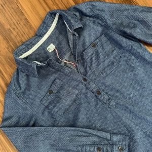 TOMS Denim L/S Popover Shirt Size Small New